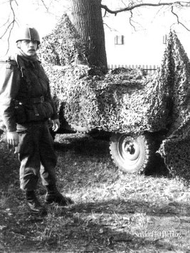 Camouflage met Henk (...) Schutter op mijn Nekaf
