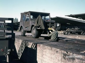 Seedorf, november/december 1971 Onderhoud aan mijn Jeep